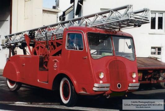 Echelle sur porteur - Laffly 1950