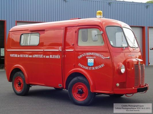 Véhicule de Secours aux Asphyxiés et aux Blessés VSAB - Peugeot 1964