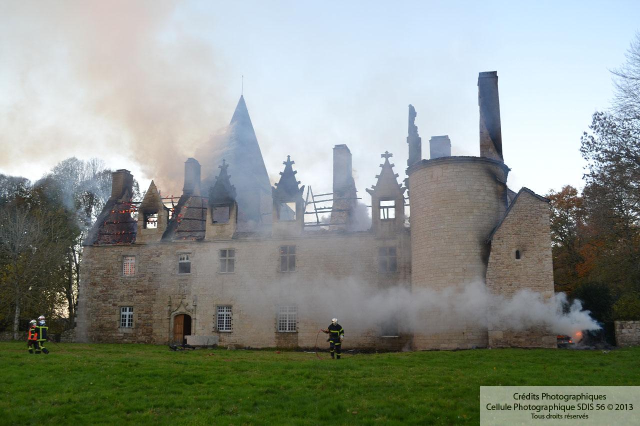 Incendie Du Ch 226 Teau De Quistinic Sdis 56 Sapeurs