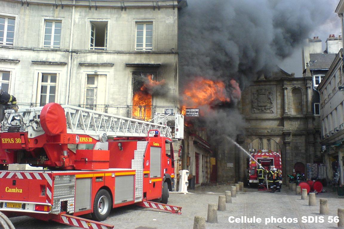 Feu d 39 appartement vannes sdis 56 sapeurs pompiers du for Bureau 56 vannes